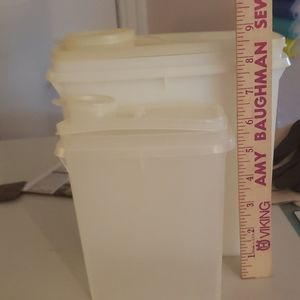 Set of 2 Tupperware container vintage